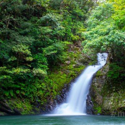 大和村 奄美群島国立公園マテリヤの滝 大島タクシー 写真